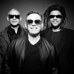 UB 40 - The Way You Do The Things You