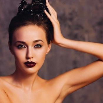 Фотографии Анастасии Костенко «до пластики» испугали пользователей сети