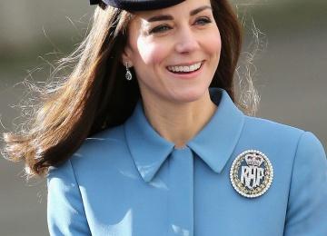 Герцогиня Кембриджская Кейт Миддлтон не может простить мужа