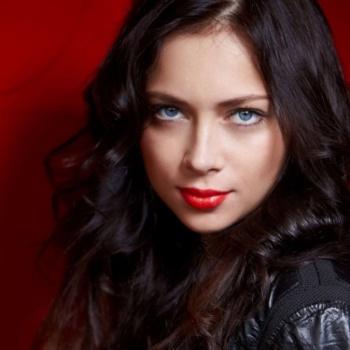 Настасья Самбурская рассказала о побоях в семье