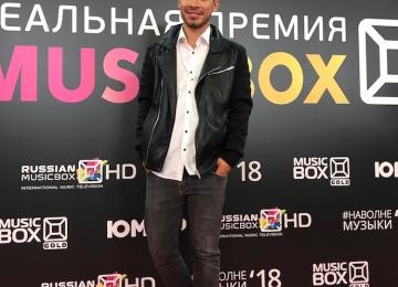 Певец Норис стал автором гимна Реальной премии MusicBox несмотря на угрозы