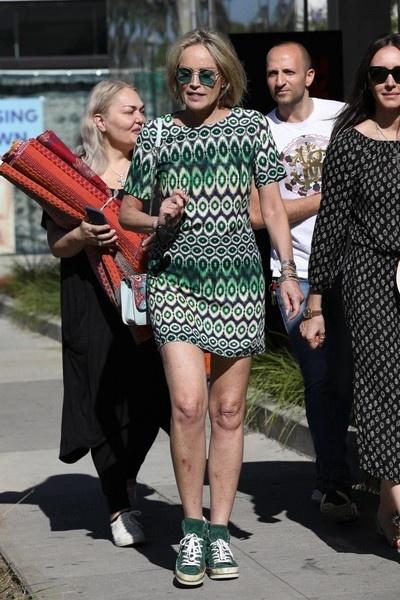 61-летняя Шэрон Стоун без макияжа выглядит на 30